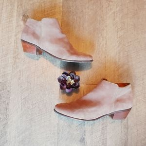 Crown Vintage Tabitha Leather Tan Gray Booties